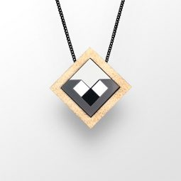 SUI_jewellery_necklace carre3_kora collection