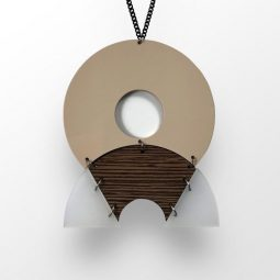 SUI_jewellery_necklace circlehalf2_moxx collection