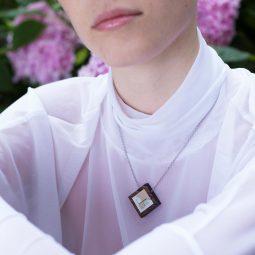 SUI_necklace_carre2_KORA collection