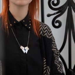 sui-butterfly-necklace-bloom-2