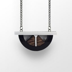 sui_wood_acrylic_necklace-bridge-2