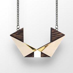 sui_wood_acrylic_necklace-ki-cat-2