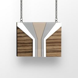 sui_wood_acrylic_necklace-tree-1